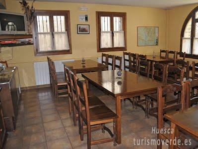 TURISMO VERDE HUESCA. Casa Felices y Albergue A Borda Felices de Broto.